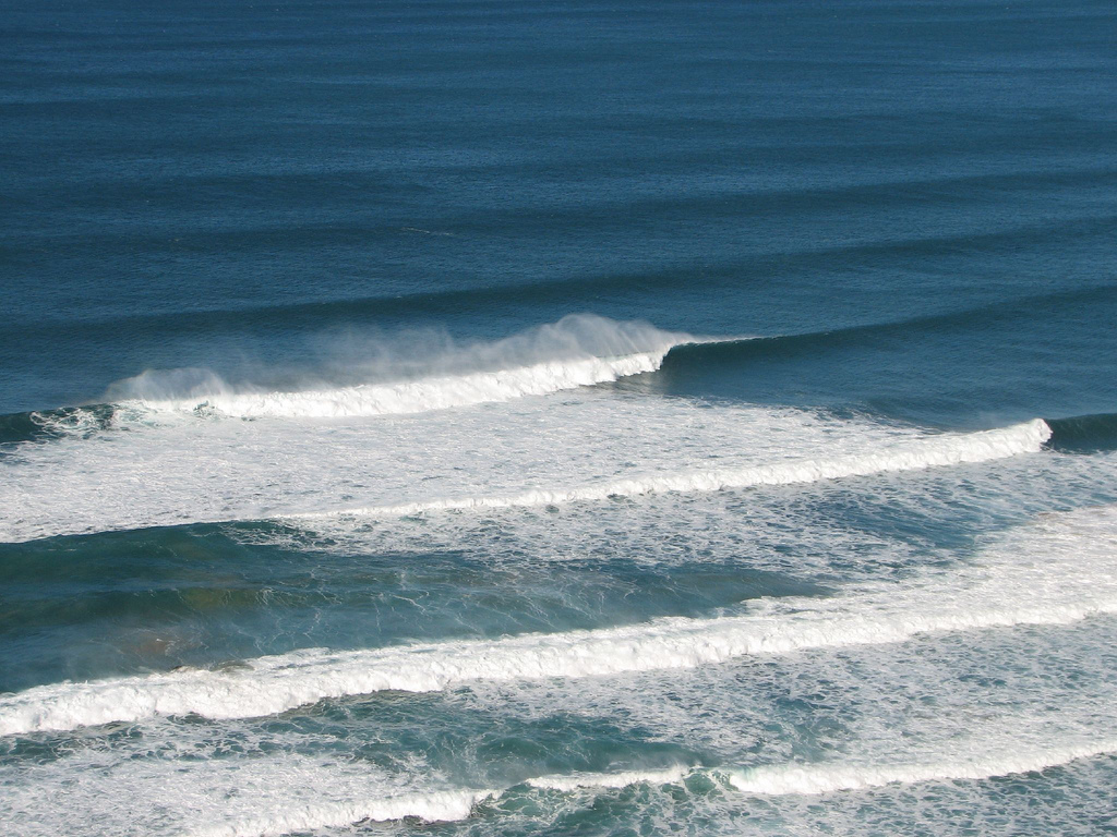 Cordoama big surf lines