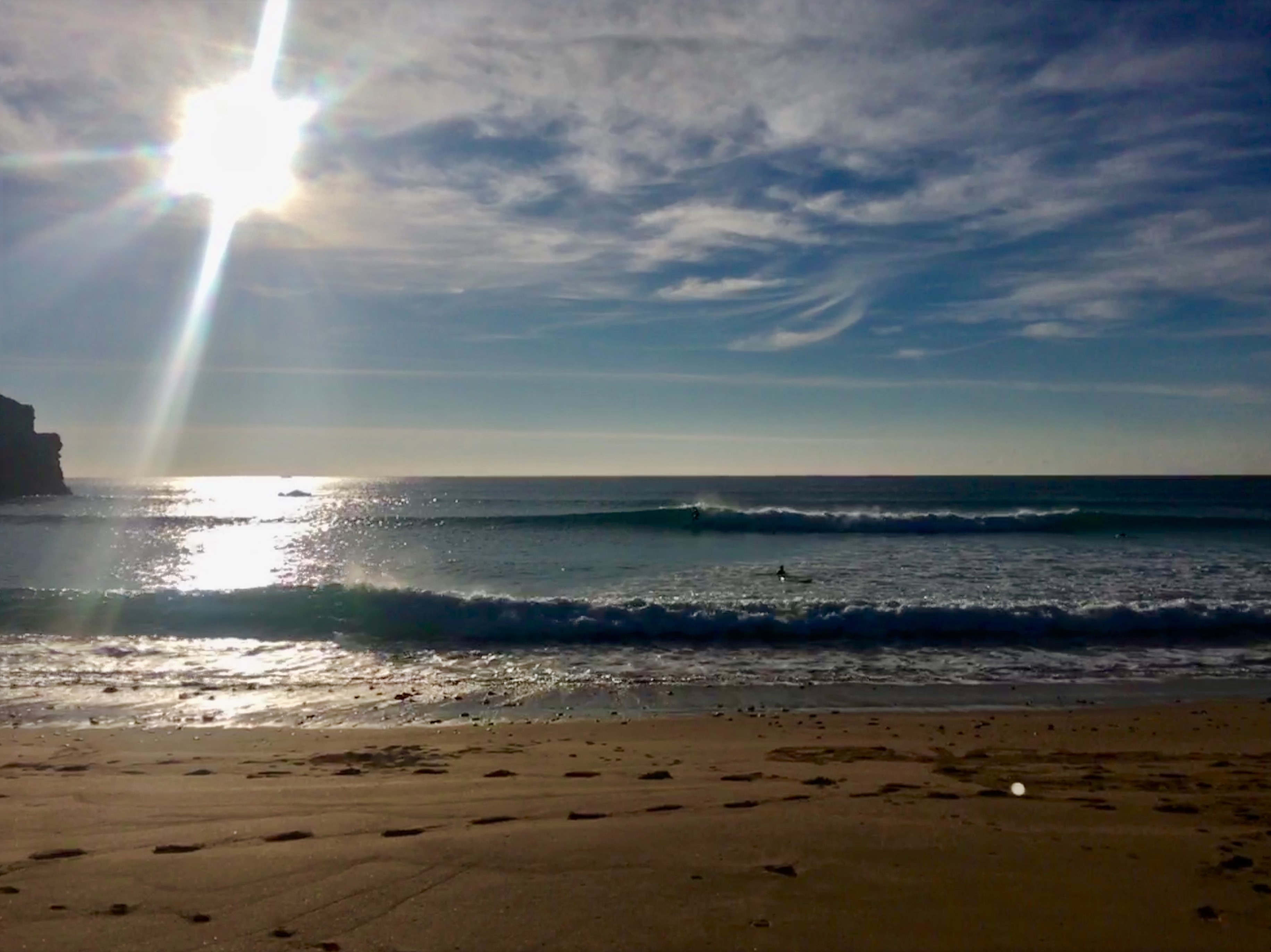 sunny days, offshore breeze, surf in the algarve in winter is the best