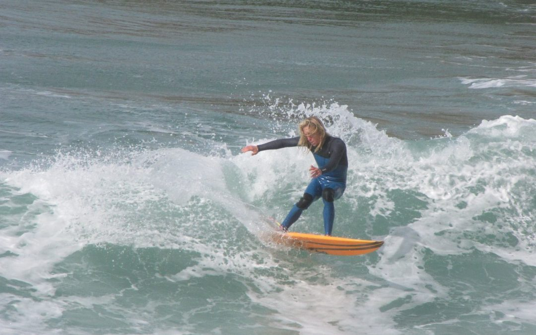 Surfguide algarve - Niels - finally getting a turn done on one of the waves on arrifana