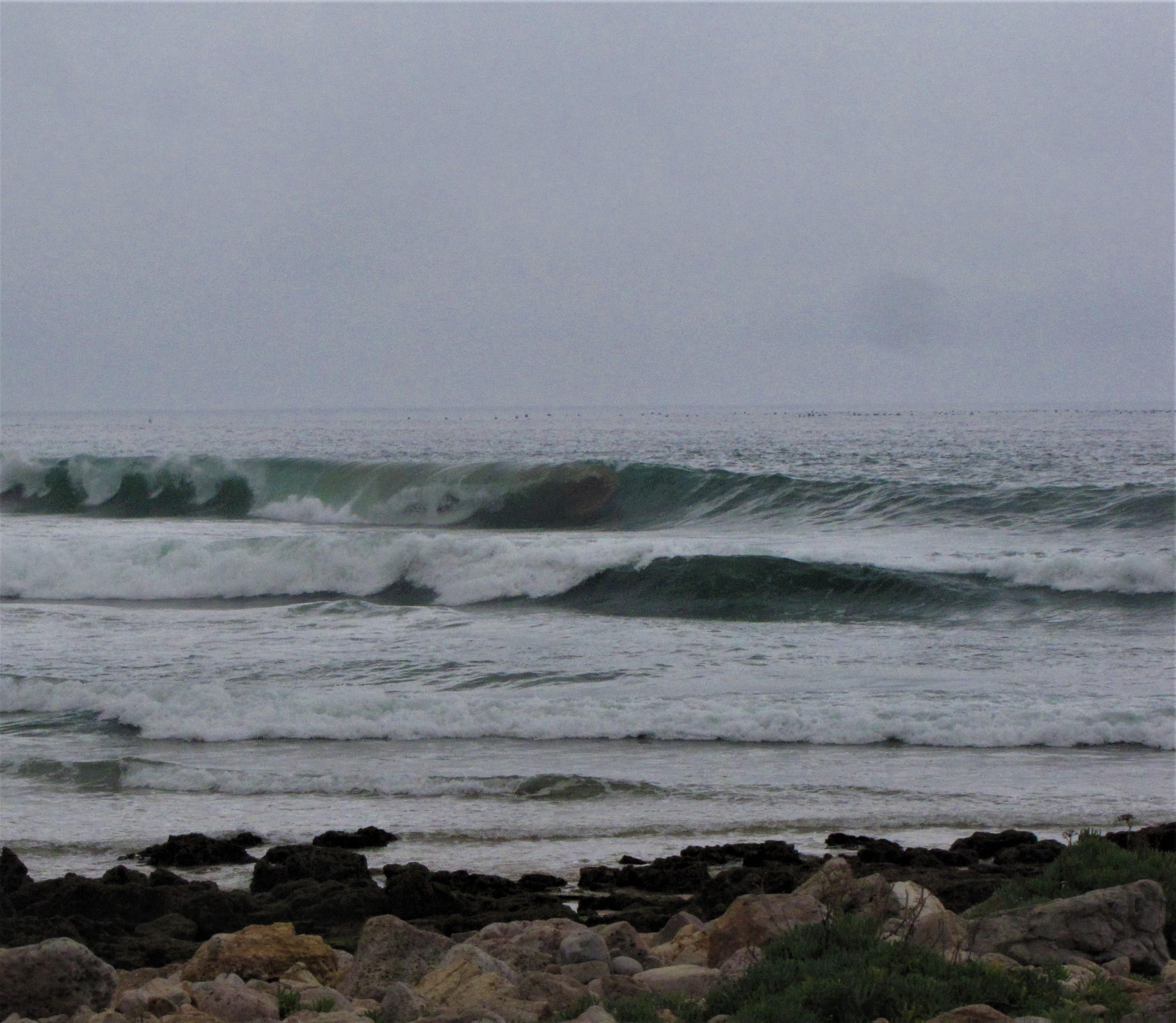 wave barrel left algarve near zavial