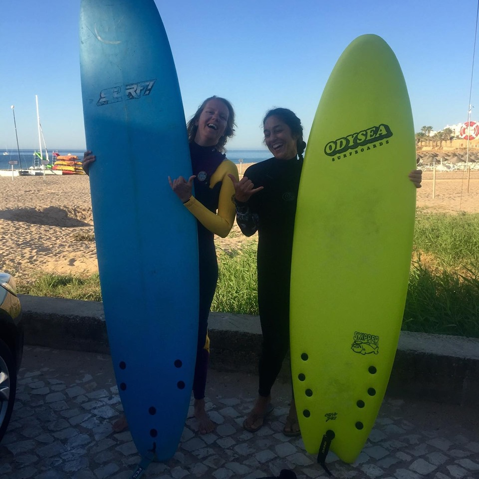 surfgirls luz