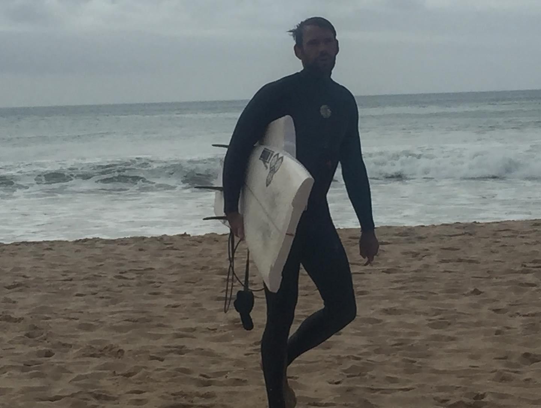 surf zavial broken board
