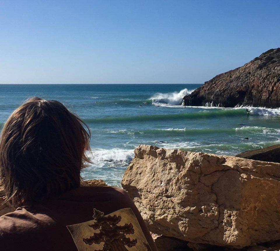 surf zavial dramy