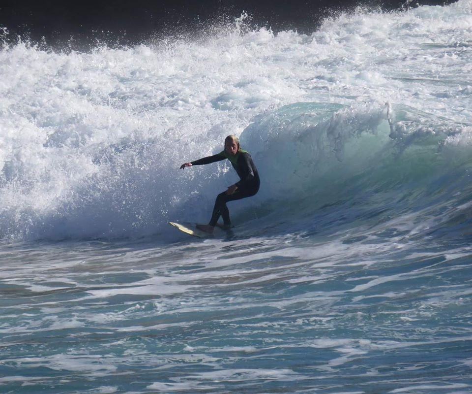 surfguide algarve always finds a wave