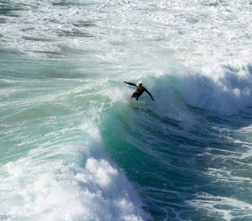 zavial surfer