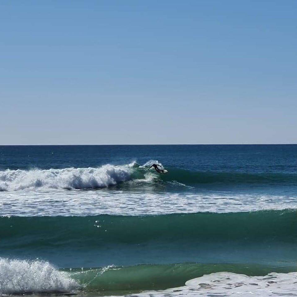 tonel surf fish left