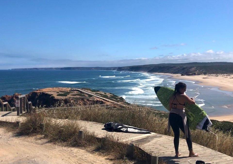 bordeira surf beach