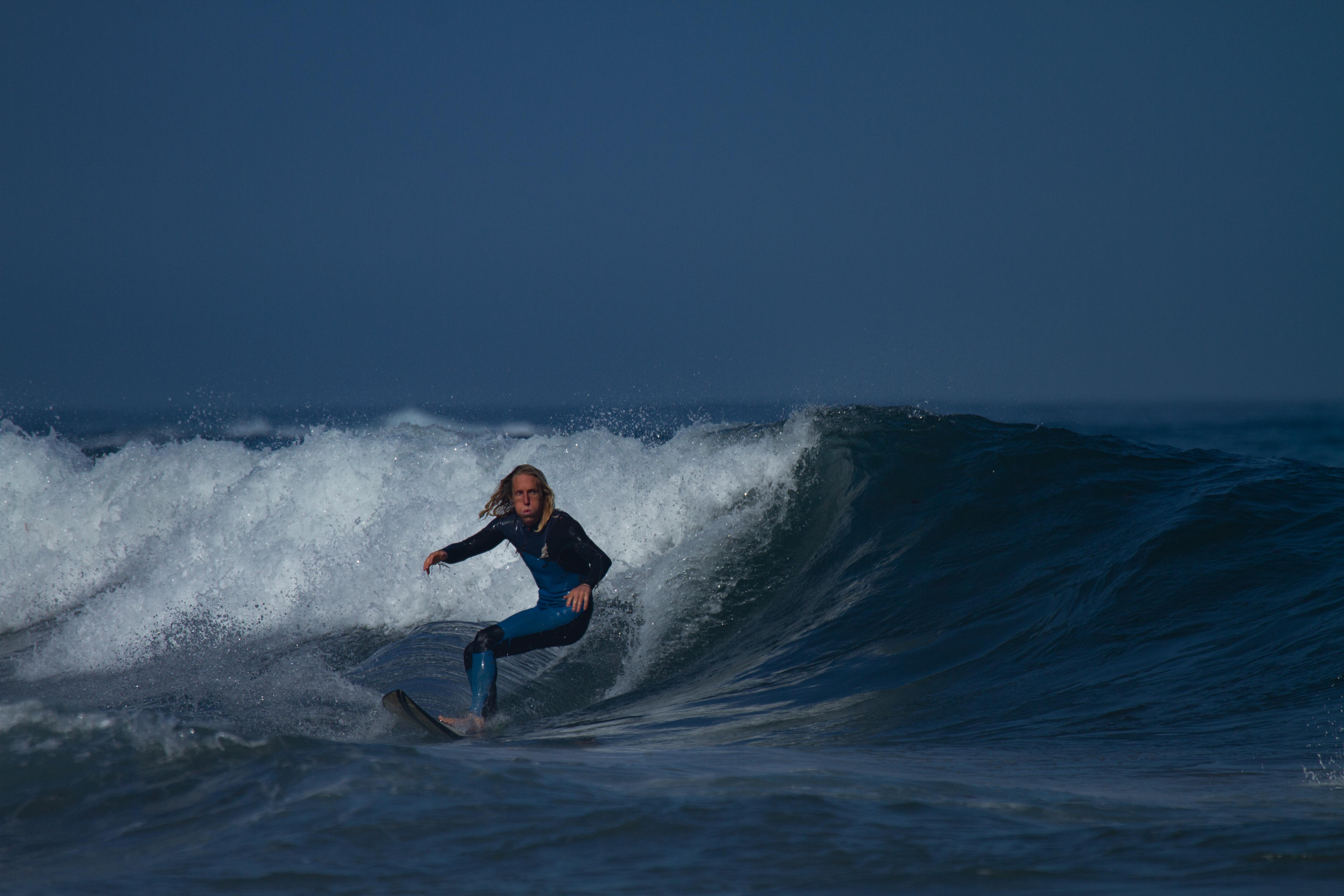 surfing castalejo
