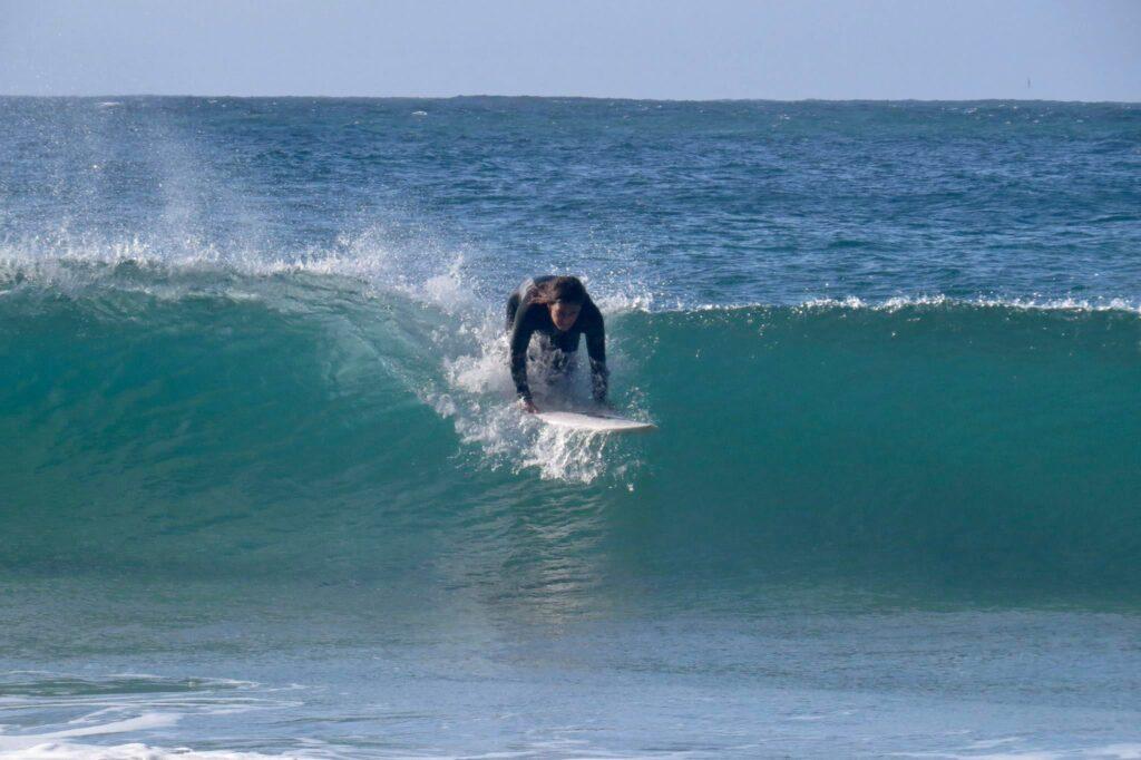 beliche-surf-left-