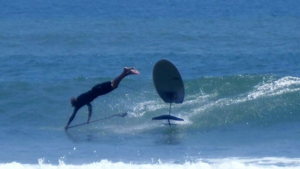 foil-surf-wipeout