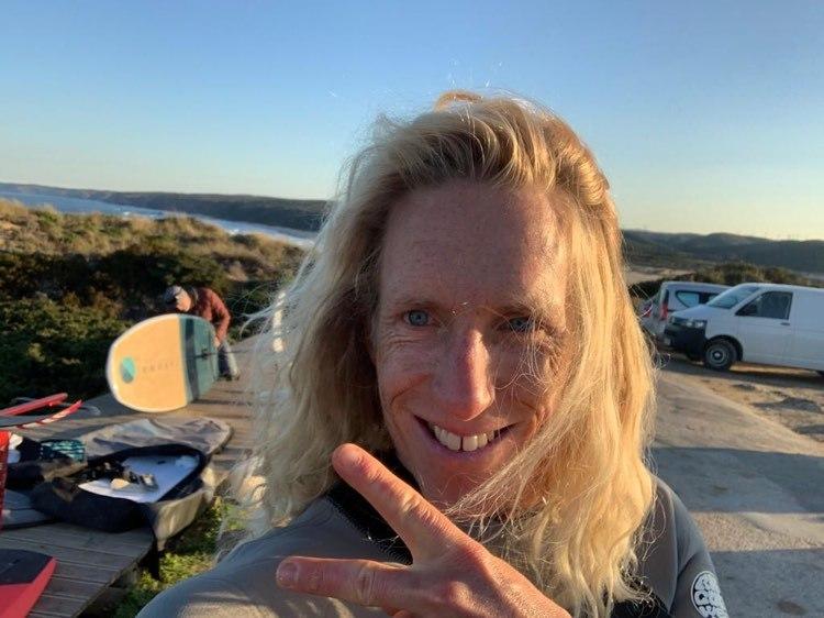surfguide-algarve-bordeira