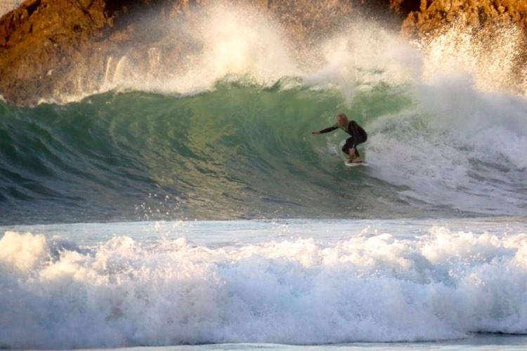 Big swell, broken boards, and good vibes at Zavial