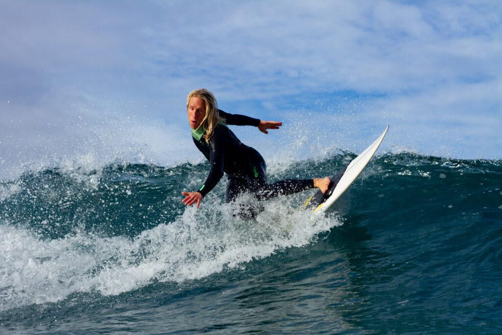 backside-turn-surfguide-algarve