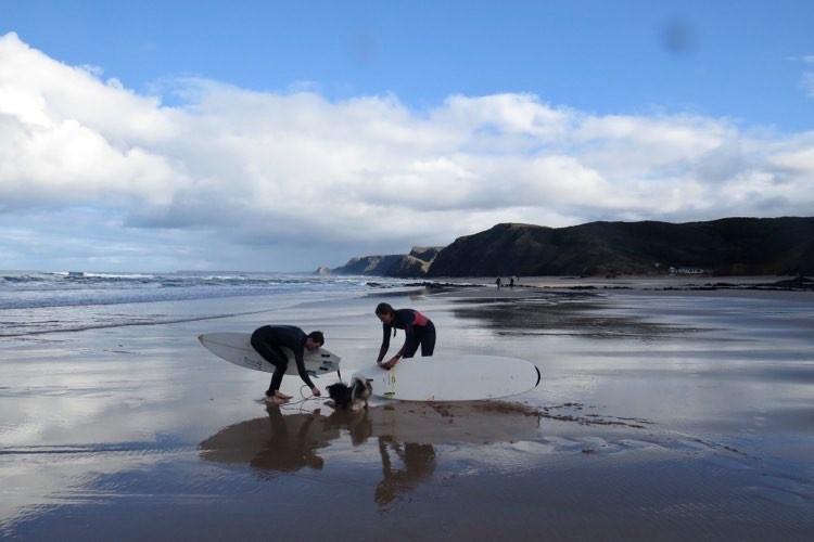 cordoama-surf-beach-surfers