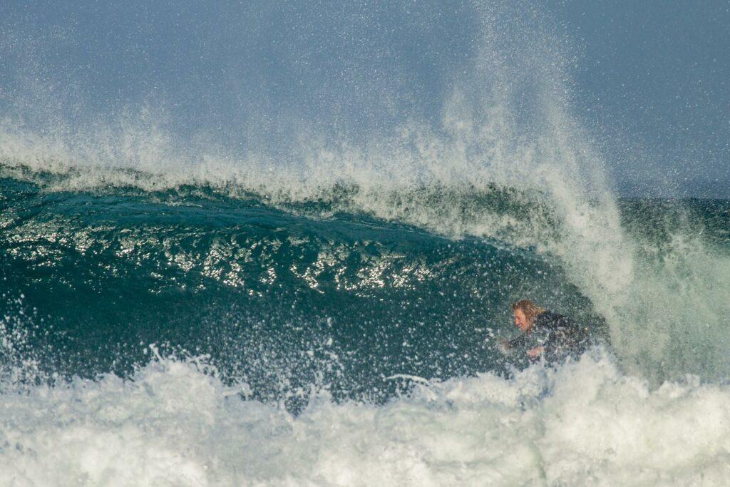 barrel-tonel-winter-surfguide-algarve