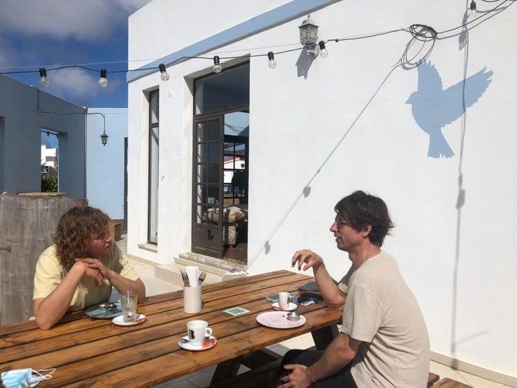 after-surf-coffee-sagres-