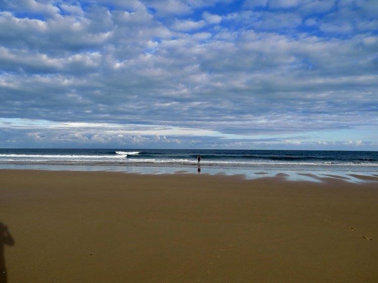 empty-beach-cordoama-surfguide-algarve