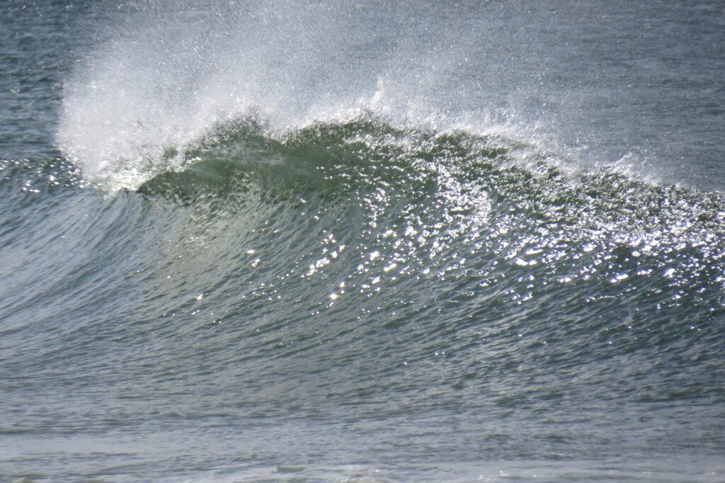 offshore-wave-zavial-surfguide-algarve