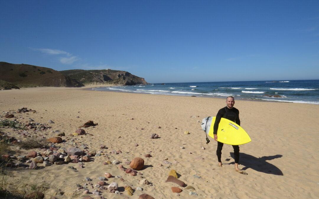 summer-vibes-amado-surfguide-algarve