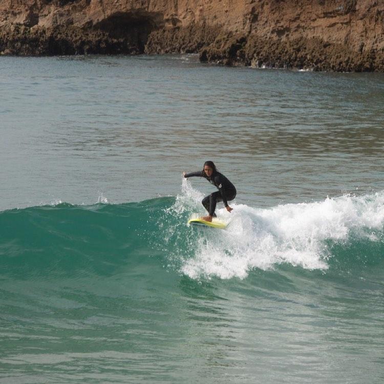 surfguide-algarve-guest-on-foamy-zavial