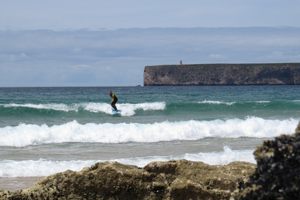 tonel-sagres-surf-foamy-miss-surfguide-algarve