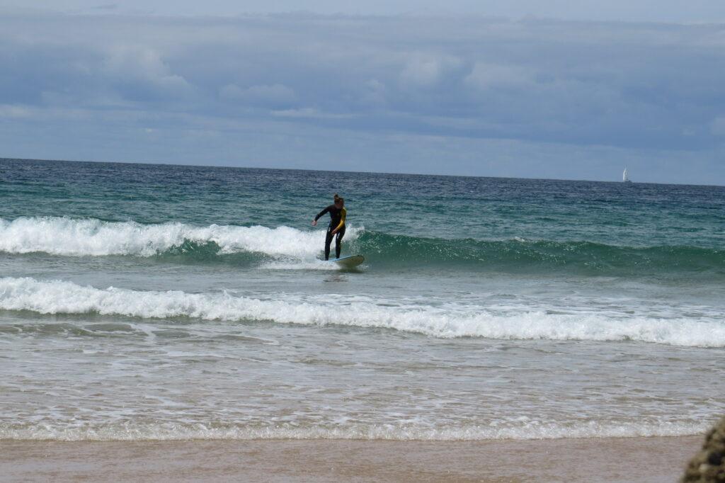 tonel small wave foamy surf miss surfguide algarve