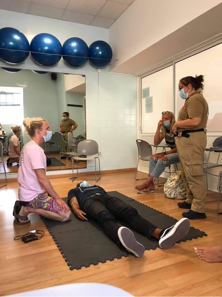 first aid course surfguide algarve