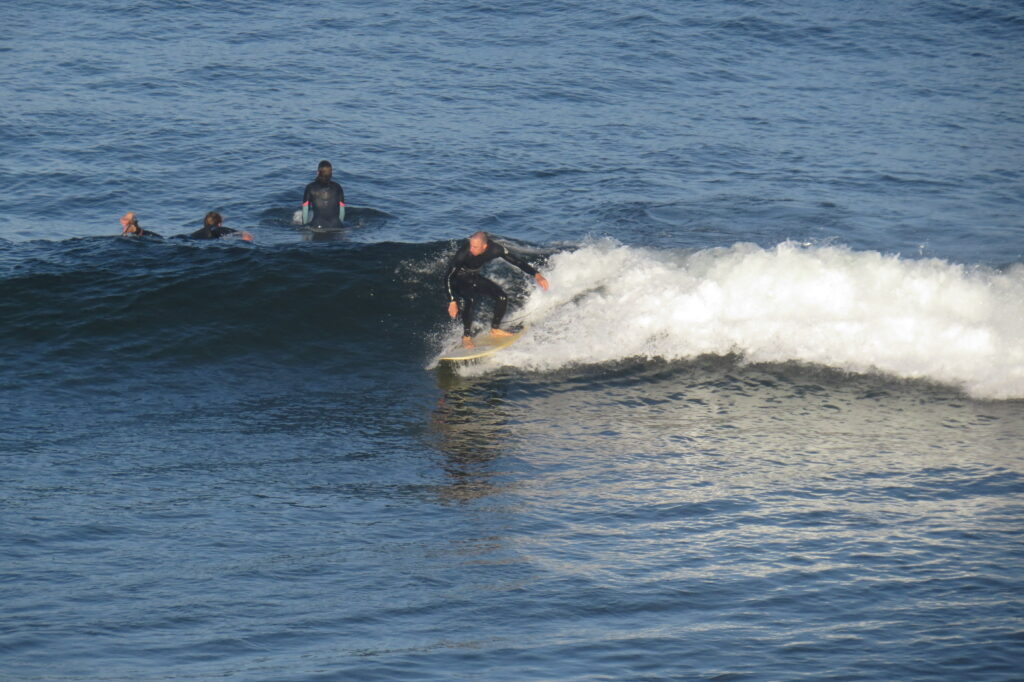 small-wave-tonel-sagres-surfguide-algarve