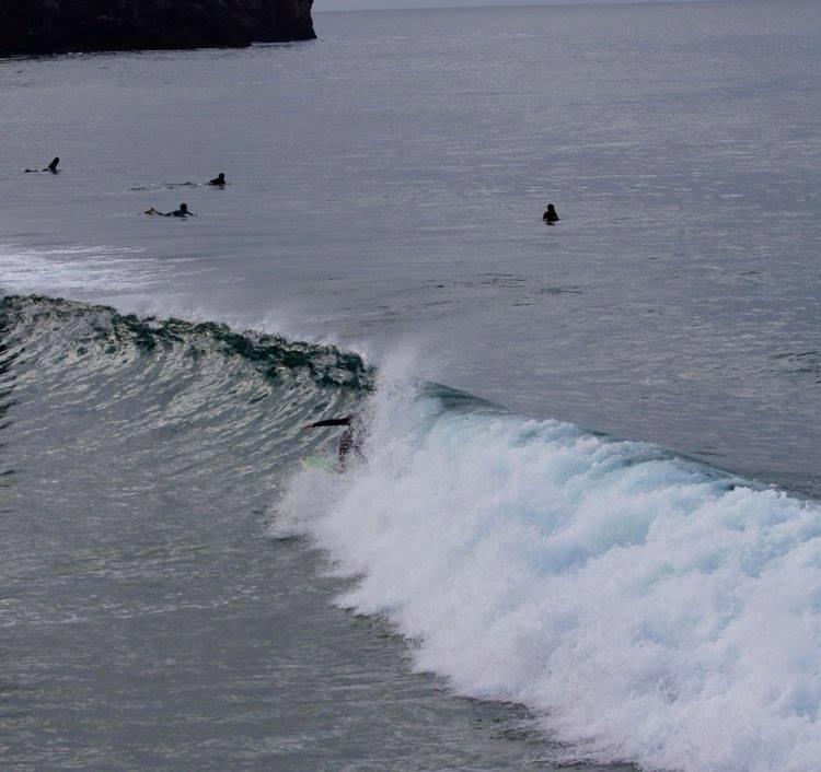 surfguide-algarve-cover-up-zavial-beach-break