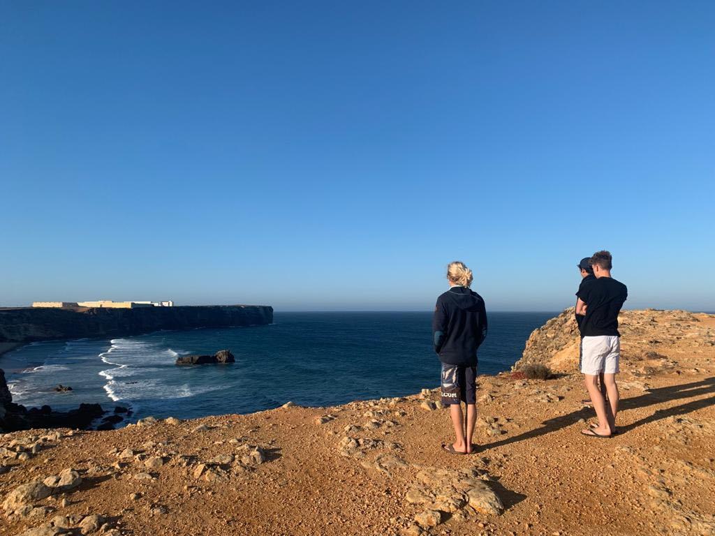 Tonel-surfcheck-sagres-end-of-the-world-surfguide-algarve