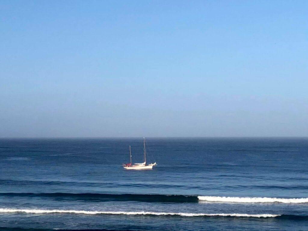 arrifana-pirate-ship-surfguide-algarve