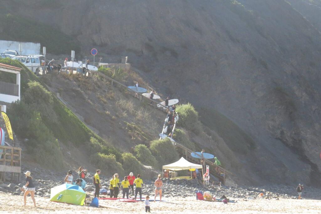 arrifana-surfschools-on-the-beach-1