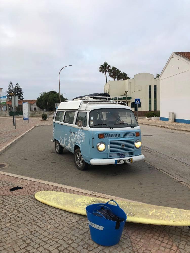 Vila-do-bispo-surfing-surfguide-algarve