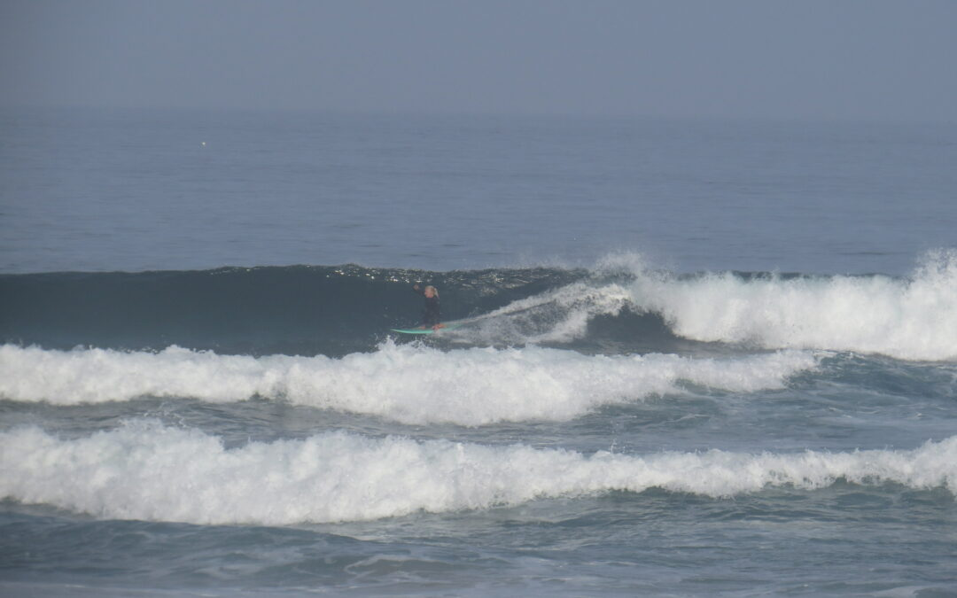 Surfguide session Praia Castelejo, with good vibes and even better waves