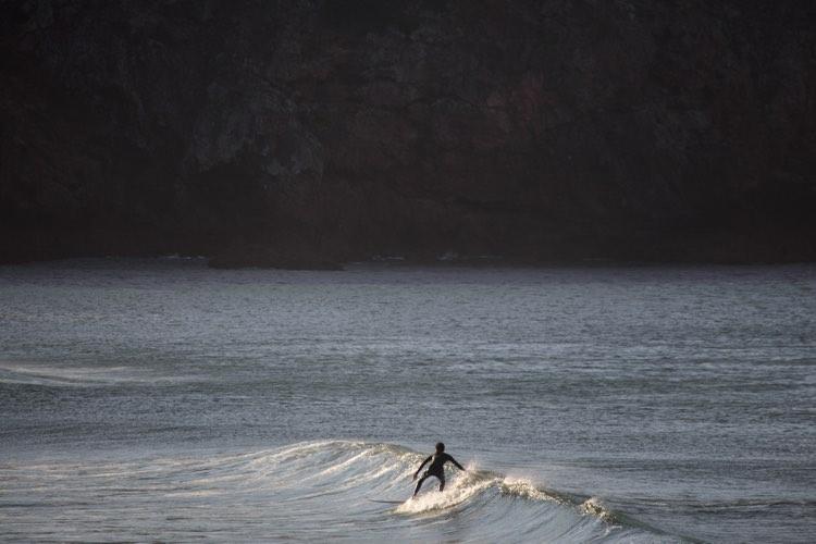 little-wave-surfguide-algarve