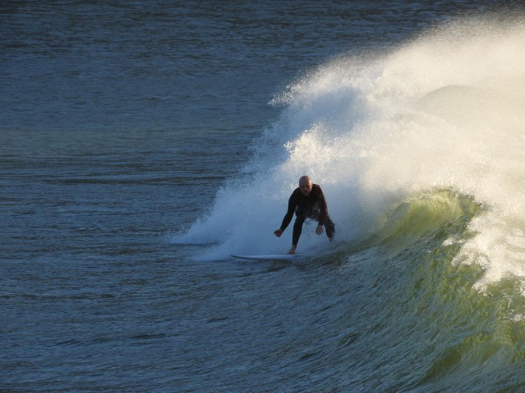 Always come back for more, surfguide algarve surfing adventure in Zavial